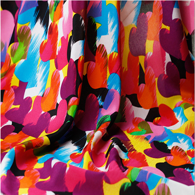 114cm Width 12mm Big Colorful Hearts 100% Mulberry Silk Crepe de Chine Fabric for Woman Summer Dresses Blouse Sewing