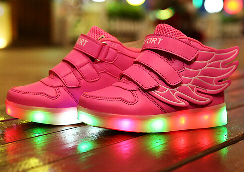 2016 New European fashion USB recharge lighted kids shoes high quality baby shoes sneakers Cool angle wing boys girls boots