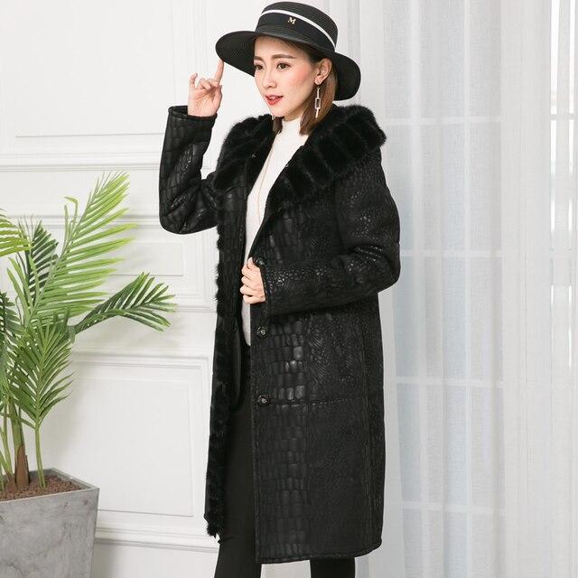 2018 New Arrival Shearling Leather Jacket Plus Size Warm Natural Mink Fur Collar Streetwear Button Long Winter Women Sheep Coat.