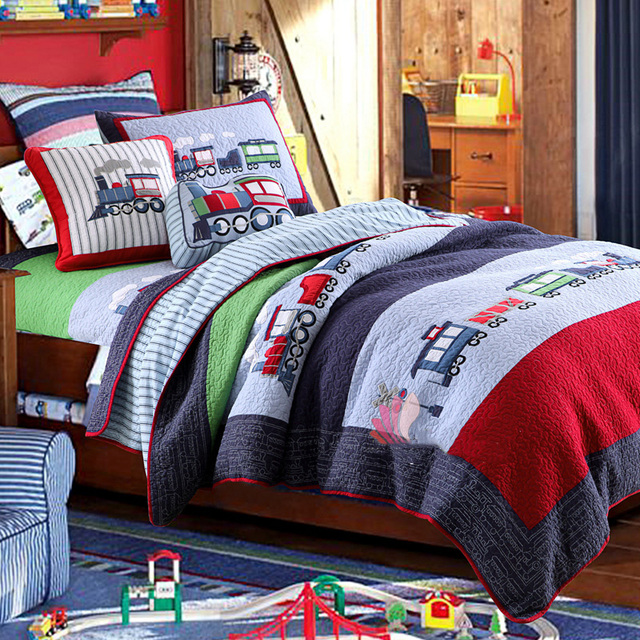 CHAUSUB Kids Patchwork Quilt Set 2PC Cotton Quilts Handmade Bedspread  Coverlet TRAIN Applique Bed Cover Pillowcase