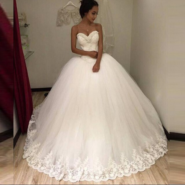 Strapless Sexy 2016 New White Beaded Lace   Tulle Ball Gown Wedding Dress  vestidos de noiva Bridal Gowns Wedding gowns for Bride 556297ee03ac