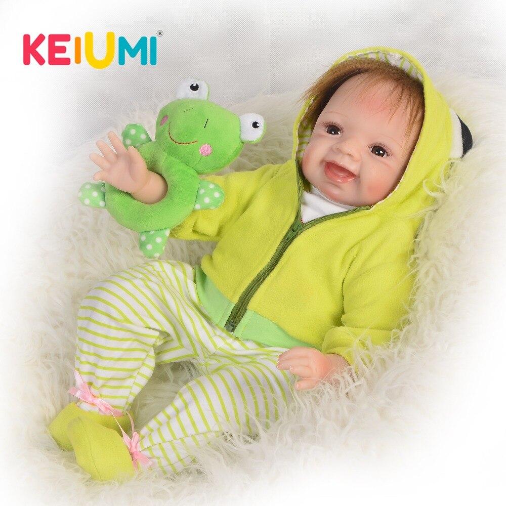 KEIUMI belle 22 pouces Reborn bébé poupée tissu corps réaliste mode princesse bébé poupée jouet pour enfants jour enfant cadeaux de noël