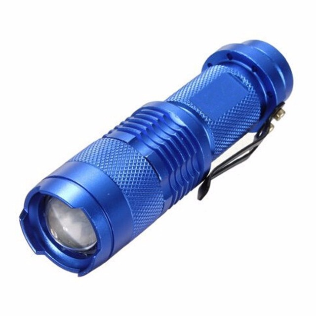 Aluminum Alloy LED Zoomable Flashlight