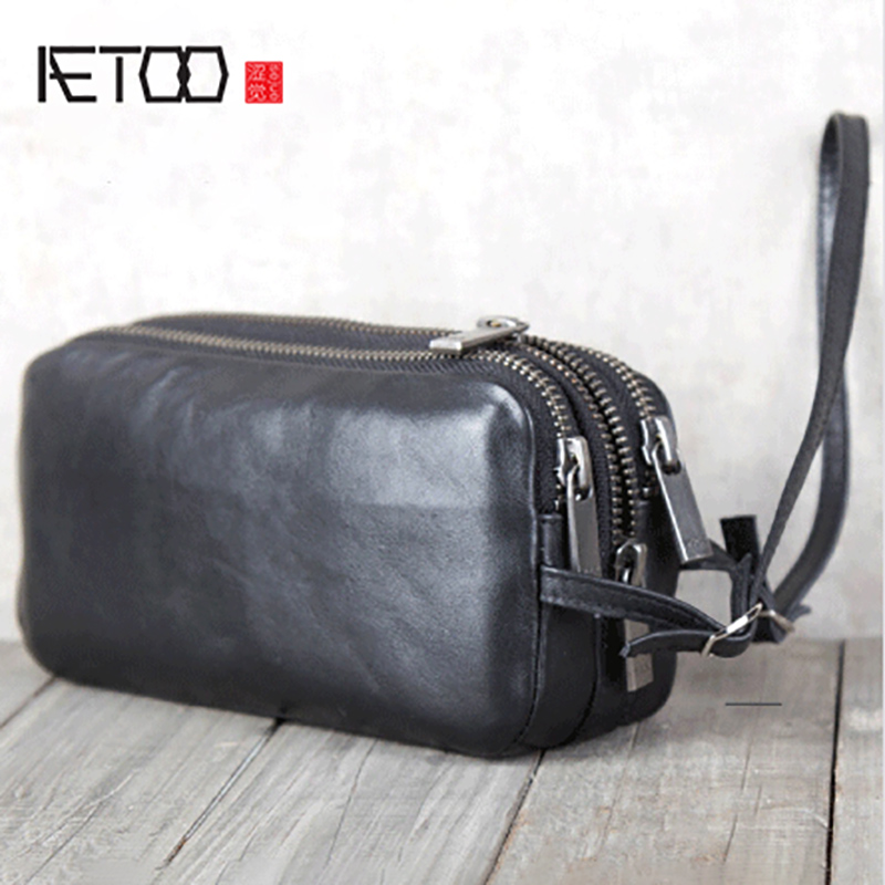 AETOO Mens leather hand carrying Baotou layer cowhide handbagAETOO Mens leather hand carrying Baotou layer cowhide handbag