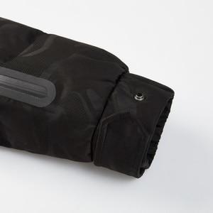 Image 5 - BOSIDENGใหม่90% สีขาวห่านลงแจ็คเก็ตแจ็คเก็ตGoose Down CoatสำหรับชายThicken Light Outwearกันน้ำคุณภาพสูงB80142145