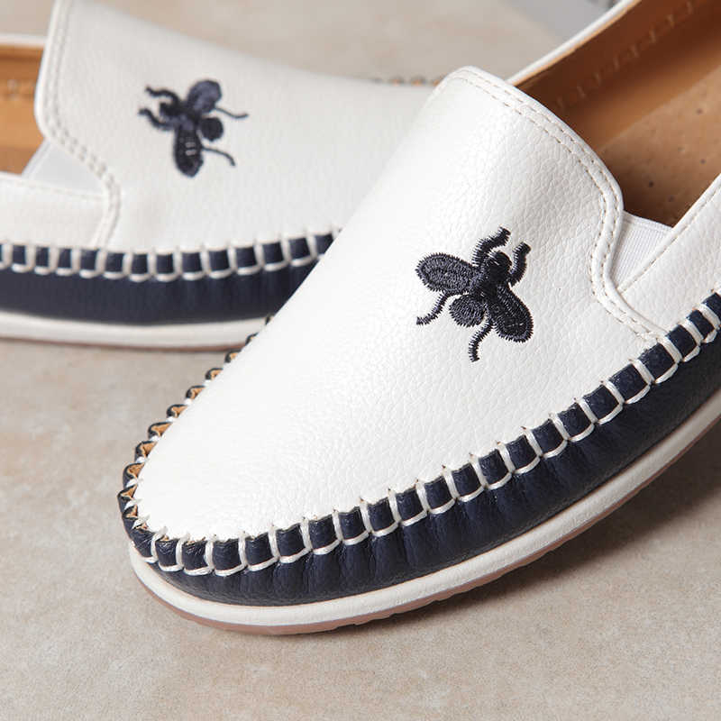 Zapatos Casual Mujer รองเท้าผู้หญิงรองเท้าผู้หญิงรองเท้าฤดูใบไม้ร่วงฤดูใบไม้ร่วงสีขาว Zapatillas Mujer รองเท้าผ้าใบผู้หญิงลื่นบน loafers 2019