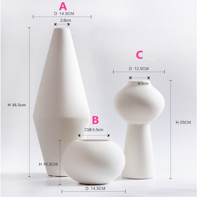 2018 New Chinese Jingdezhen Porcelain Creativity Modern Style White Vases Ceramic Vases For Wedding Home Decoration Gifts 2