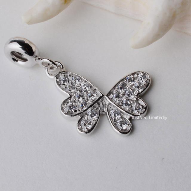 925 de prata borboleta charme com Cubic Zirconia ródio / banhado a ouro colar de pingente e achados