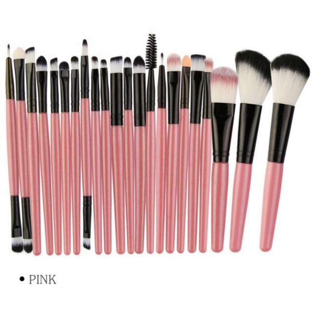 MAANGE 22Pcs Professional Makeup Brushes Set Wood Handle Eyeshadow Eyebrow Eyeliner Powder Smudge Face Cosmetic Beauty Tool Kit