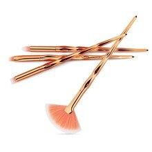 ФОТО maange 4 pcs diamond eyeshadow brushes makeup brushes set powder foundation strass powder kit eye brush concealer makeup tool