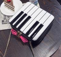 נשים שקיות קשת מפתח השחורים ולבן פסנתר ייחודי תיק תיק כתף טלאי תיק שליח
