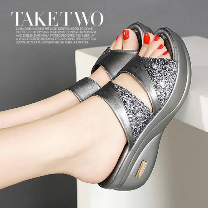 Sequins Mid-heeled Slippers New Mother Shoes Woman Leather Sandals Women Soft Bottom Slippers Female Summer Outdoor Shoes W305 2