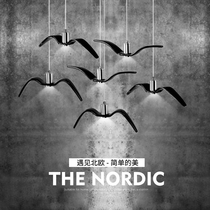 купить Nordic Creative LED Pendant Lamp Simple Aluminum Art Bar Decoration Restaurant Lighting Swallow Clothing Store Indoor Lamp по цене 5652.63 рублей