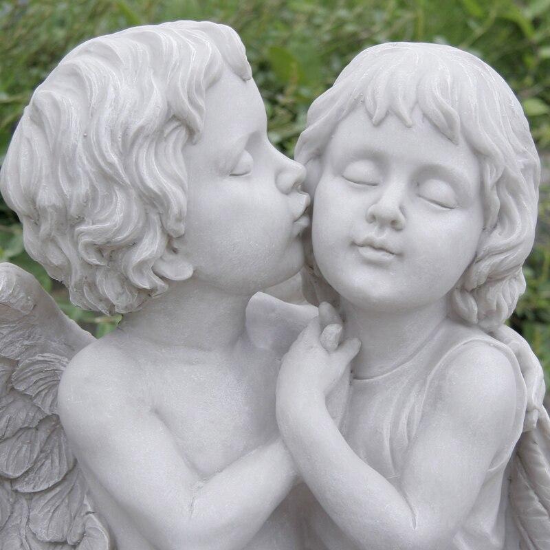White ground  kiss lovers  resin angel Sculpture  crafts  villas  courtyards  gardens  creative Statue