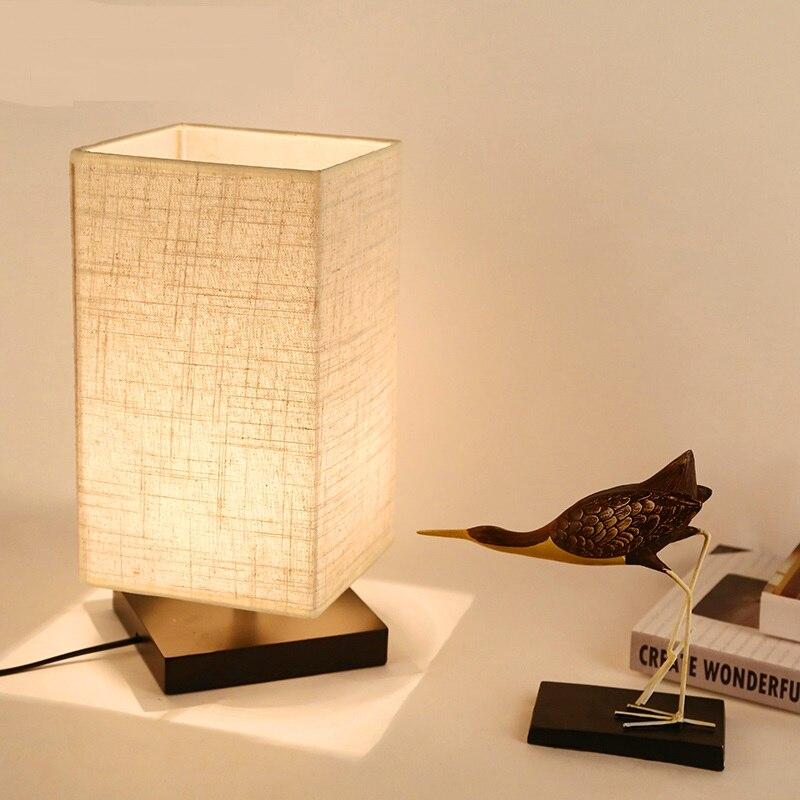 Пастырской теплая ткань настольная лампа Новинка 2017 современный минималистский спальня настольные лампы ночники новые творческие ZS117