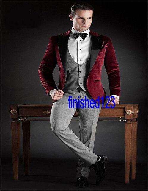Handsome un botón de terciopelo rojo chaqueta novio esmoquin padrinos de hombres Wedding baile trajes de novio ( Jacket + Pants + Vest + Tie ) K : 811