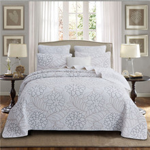 Luxury White European 100% Cotton Embroidery Comfortable Bedspread Bed Cover Sheet Linen Blanket Tatami Mat Pillowcases