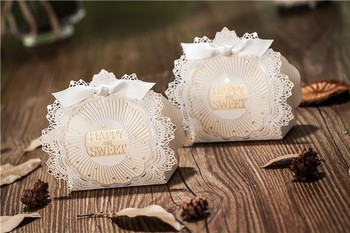 Free Shipping 100pcs White Lace Shell Laser Cut Wedding Favor Boxes Wedding Candy Box Casamento Wedding Favors And Gifts