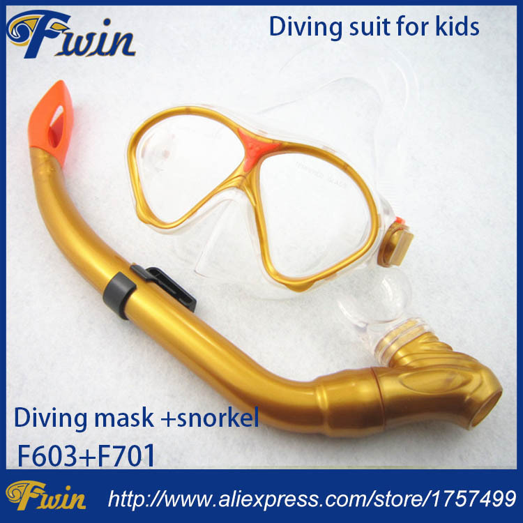 a8a5fd1f22e New design smile face diving mask with half dry snorkel submarine sports  goggles snorkel set for kids
