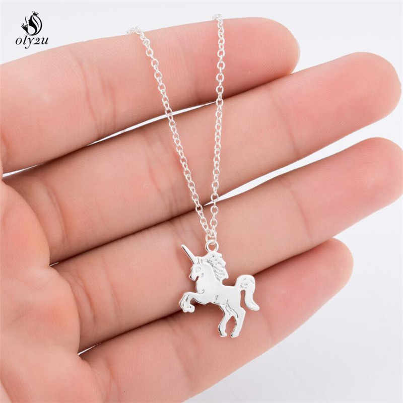 Oly2u Cute Unicorn Necklace Love Heart Pendant Cartoon  Horse Choker Gold Chain Childhood Necklaces&Pendants Drop Shipping