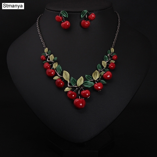 Hot Women Fashion Cute Retro Fashion Retro Jewelry Cherry Necklace Set Best Gift jewelry N1111