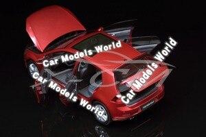 Image 2 - Modello di auto per il Golf 7 1:18 (Rosso) + PICCOLO REGALO!!!!!!!!!