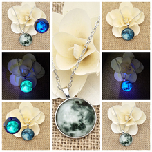 SUTEYI Glass Luminous Star Series Planet Necklace Crystal Cabochon Pendant Glow in the Darkness Necklaces Christmas Jewelry