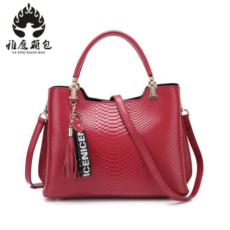 Brand Women Handbags Crocodile Leather Fashion Shopper Tote Bag Female Luxurious Shoulder Bags 2018 yuanyu 2016 new women crocodile bag women clutches leather bag female crocodile grain long hand bag