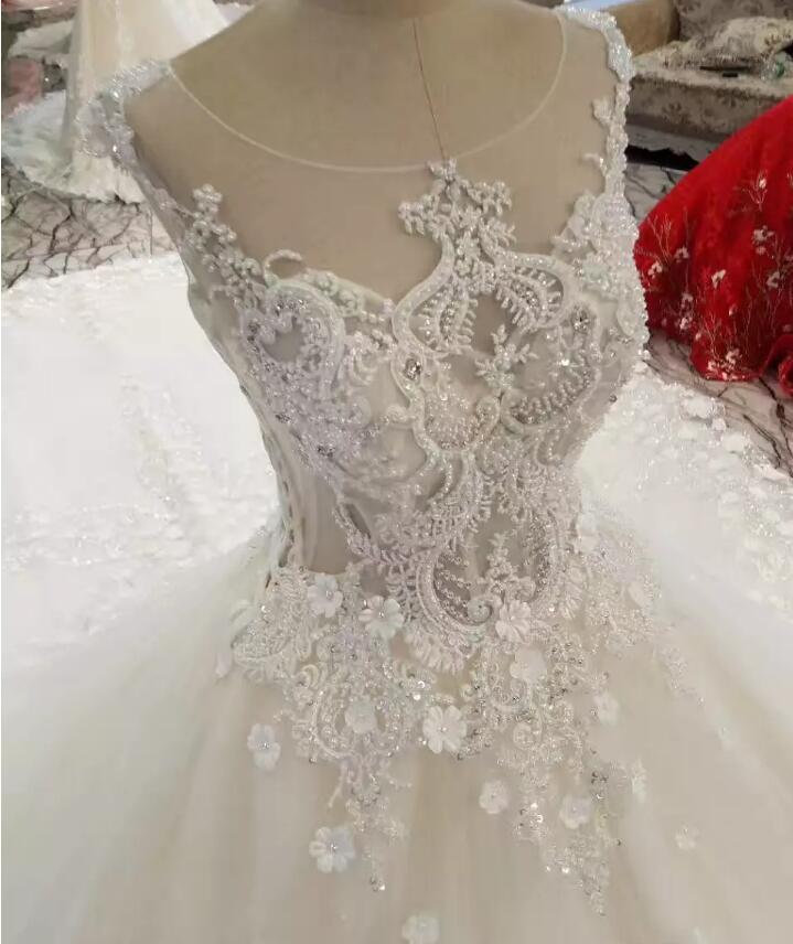 2019 Custom Ivory Wedding Dress Beaded Intimate Sweetheart Dress Chapel Train Crystal Classic Bridal Gown Women Wedding Dress