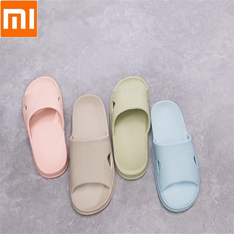 Xiaomi One cloud Home slippers Bathroom slippers Soft and breathable Women Men Casual sandals Non-slip wearXiaomi One cloud Home slippers Bathroom slippers Soft and breathable Women Men Casual sandals Non-slip wear