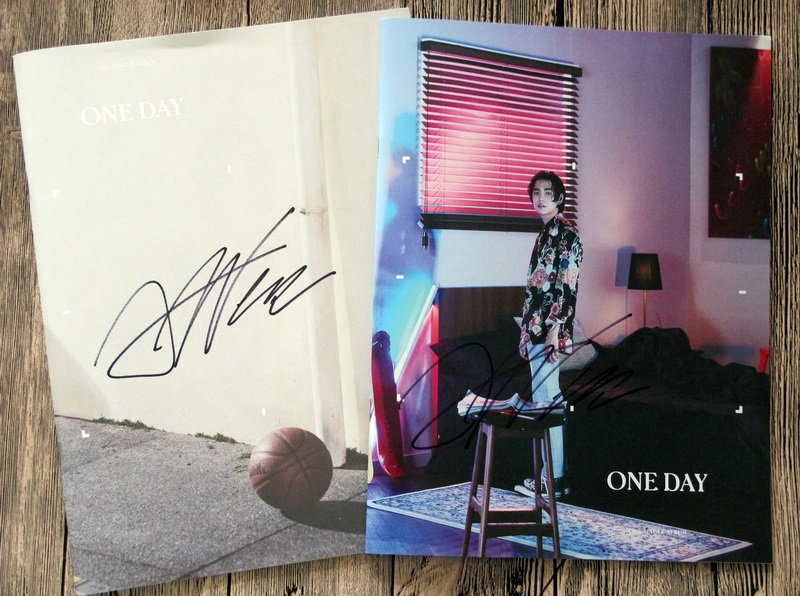 ONE autographed 2017 mini1st album ONE DAY AM PM CD korean+signed poster kpop 082017ONE autographed 2017 mini1st album ONE DAY AM PM CD korean+signed poster kpop 082017