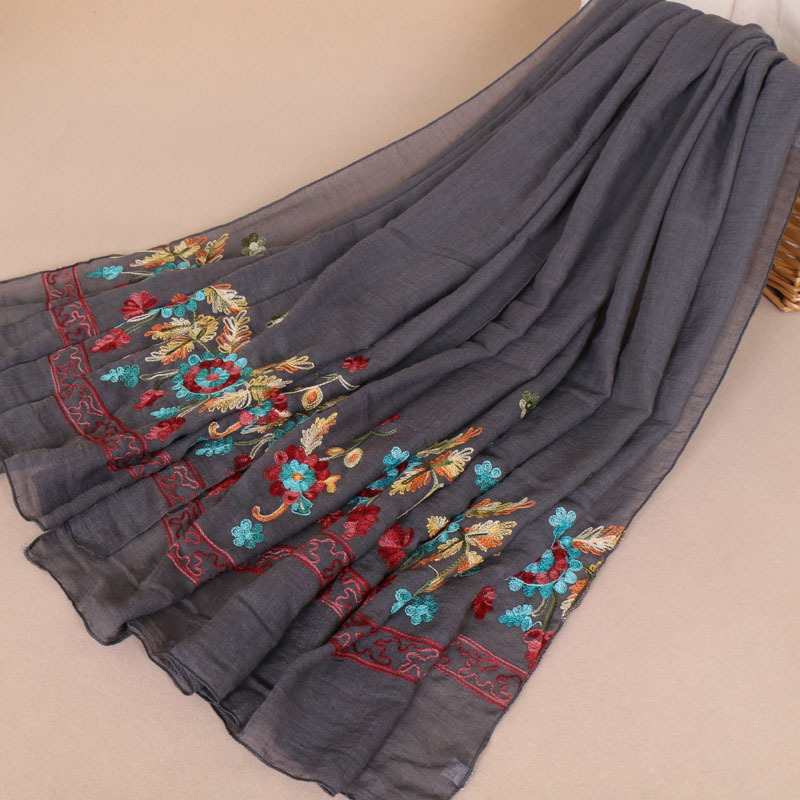 MSAISS Autumn New Embroidery Flower Ladies Scarf Vintage Classic Ladies Cotton Headband Muslim Big Scarf