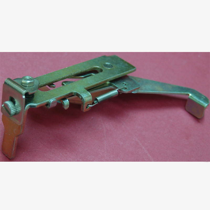 1pair New Bracket Assembly Left right Spare Parts for KR838 KR830 Brother Knitting Machine accessories Ribber