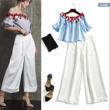 European and American style boat neck solid flower blouse white wide leg pants 2017 Summer sexy strapless pantsuits