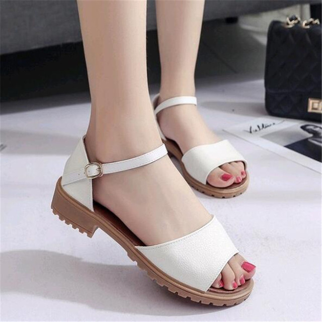 2019 Summer Sandals Rough with The Fish Head Word Buckle Sandals Open-toed  Sandals European . a33ad580ff83