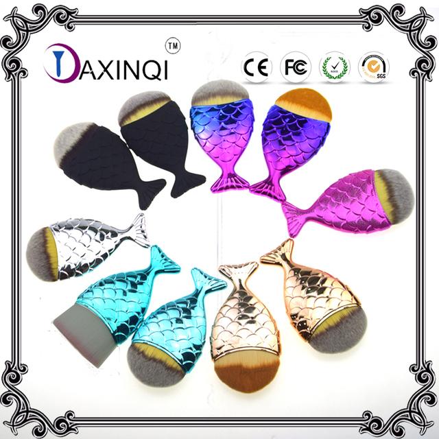 DAXINQI 1 pcs sereia rabo de peixe forma de contorno pincel de maquiagem blush em pó fundação cosméticos escova com 10 cores para escolher