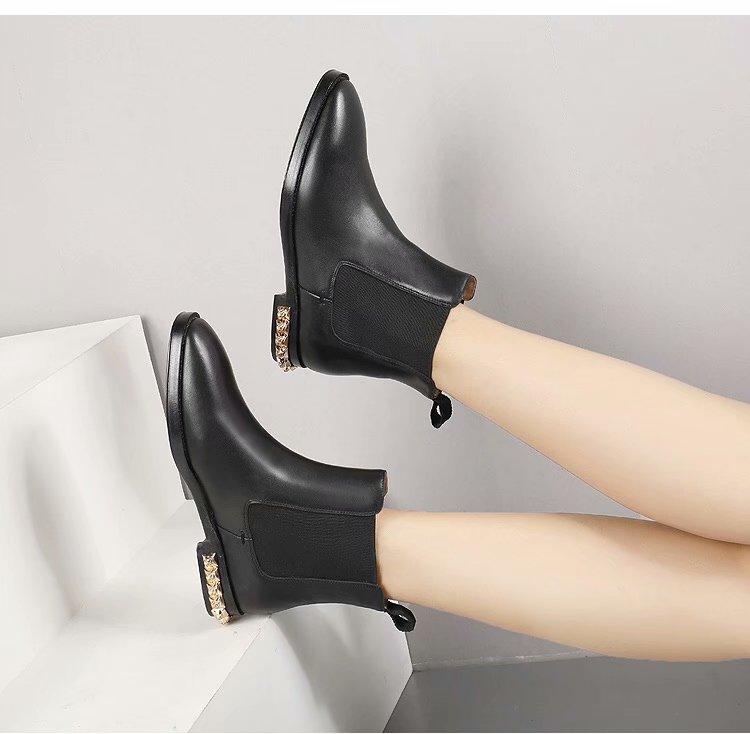 Chaussures Slip Bout Rond Dames Véritable En As On Chaussons Luxe Femmes Chelsea Cuir Femme Rivets Clouté Show Noir Bottes Bas Talon D'hiver apW80qUO