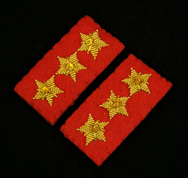 WWII IMPERIAL JAPANESE ARMY PRIVATE FIRST CLASS COLLAR TABS-35397