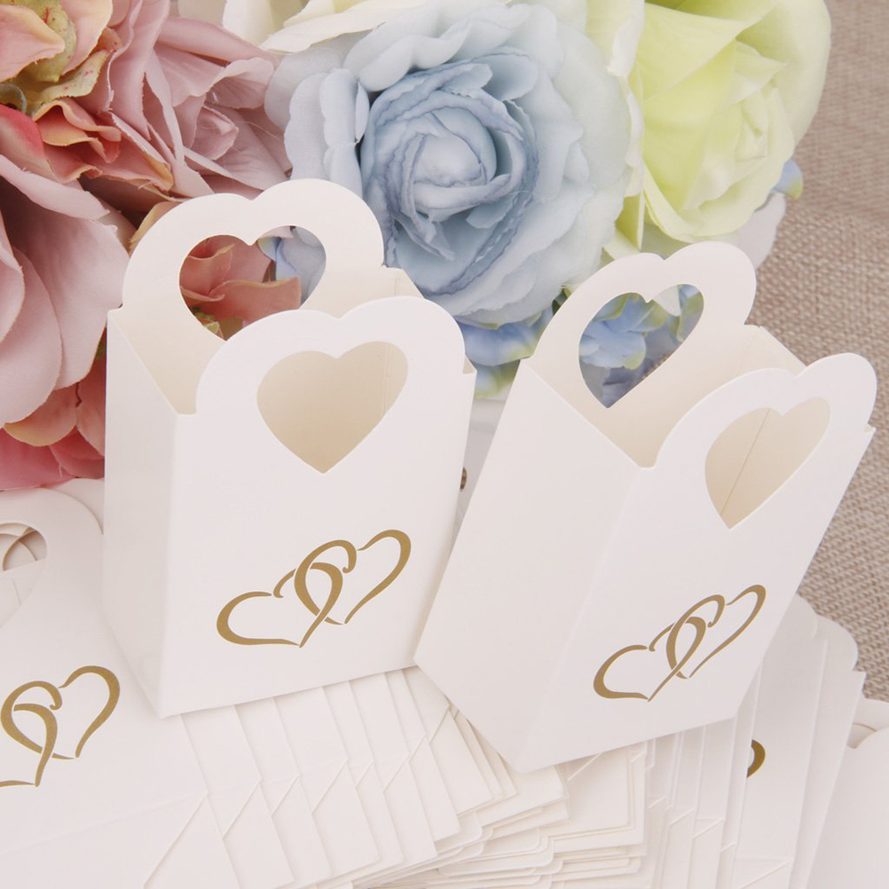 50pcs Favors Box Candy Box Wedding Hollow Carriage Baby Shower ...