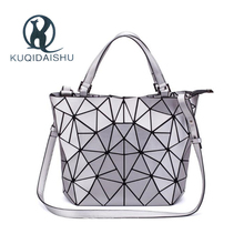купить 2019 Designer Women Geometric Bucket Bao Bag Casual Tote Handbag Luxury Shoulder Bag  bolsos mujer sac a main messenger bags по цене 1227.07 рублей
