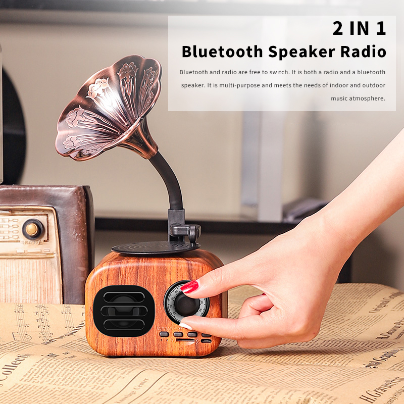 Retro Wood Portable Mini Bluetooth Speaker Wireless Loudspeaker Outdoor Speaker Sound System TF FM Radio Music Subwoofer Q8