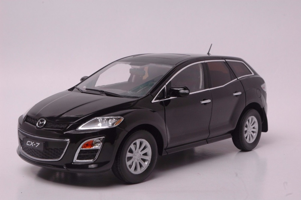 1:18 Diecast Model for Mazda CX-7 Black SUV Alloy Toy Car Miniature Collection Gift CX7 CX владимир стрельников опасные тропы рядовой срочной службы