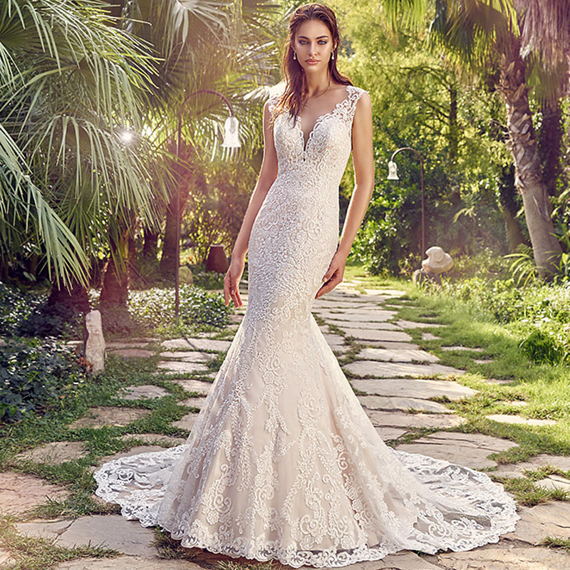 2017 Vintage Lace Mermaid Wedding Dresses Turkey Sexy Deep