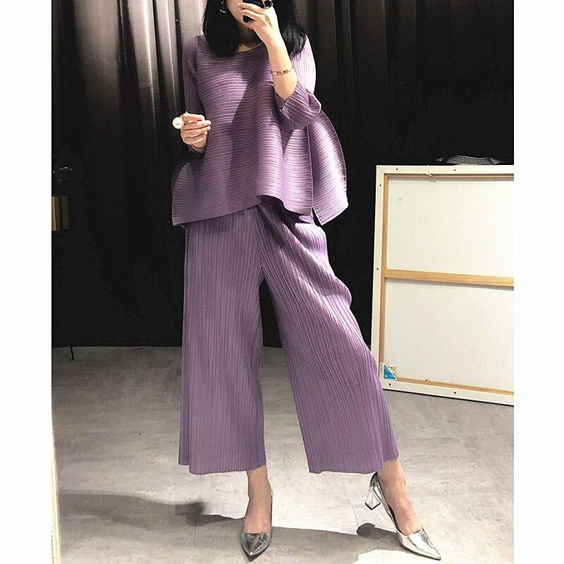 Azterumi Issey Miyake Весна Новый 2019 женский модный комплект из двух предметов Женский Круглый вырез топы и широкие брюки комплект костюмы черный
