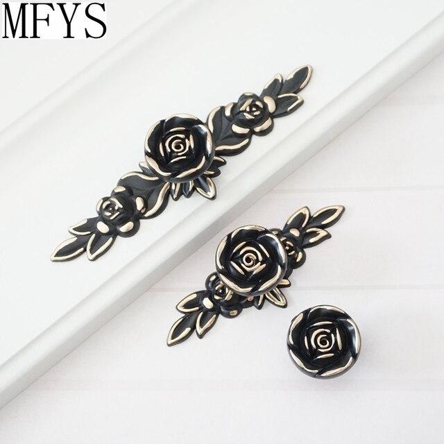 Shabby Chic Dresser Drawer Pulls Knöpfe Schwarz Gold Rose/Blume ...