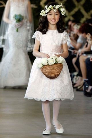 Vestidos de Comunion 2016 Lace Ivory white   Flower     Girl     Dresses   For Weddings Knee Length A Line Sash Short Sleeve Vestido