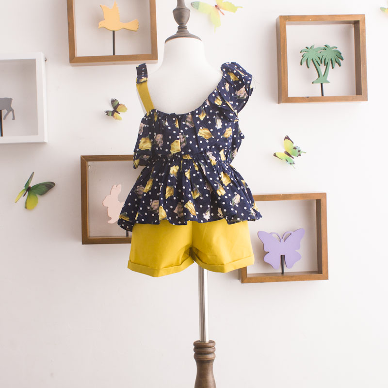 Girl retro floral 2 clothes sets 2021 summer new fashion polka dot Sleeveless Shirts waist belt tie shorts clothing suits 4