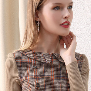 Image 4 - רק בתוספת חורף שמלת צמר חום פיטר צווארון מחבת בציר שמלה עם כפתורים סרוג ארוך שרוול שמלת נשים