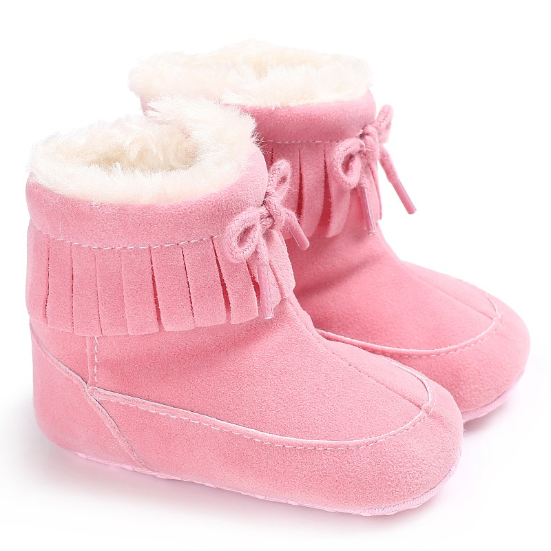 WEIXINBUY 2017 Toddler Girls Warm Tassels Baby Shoes Newborns First Walker Fashion Snow Boots