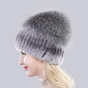 Image 3 - Yeni Varış Kış Kadın Örme Gerçek Rex tavşan kürk şapka Iyi Elastik Doğal Kabarık Gümüş Tilki Kürk Kapaklar Bayanlar Hakiki Kürk Şapkalar